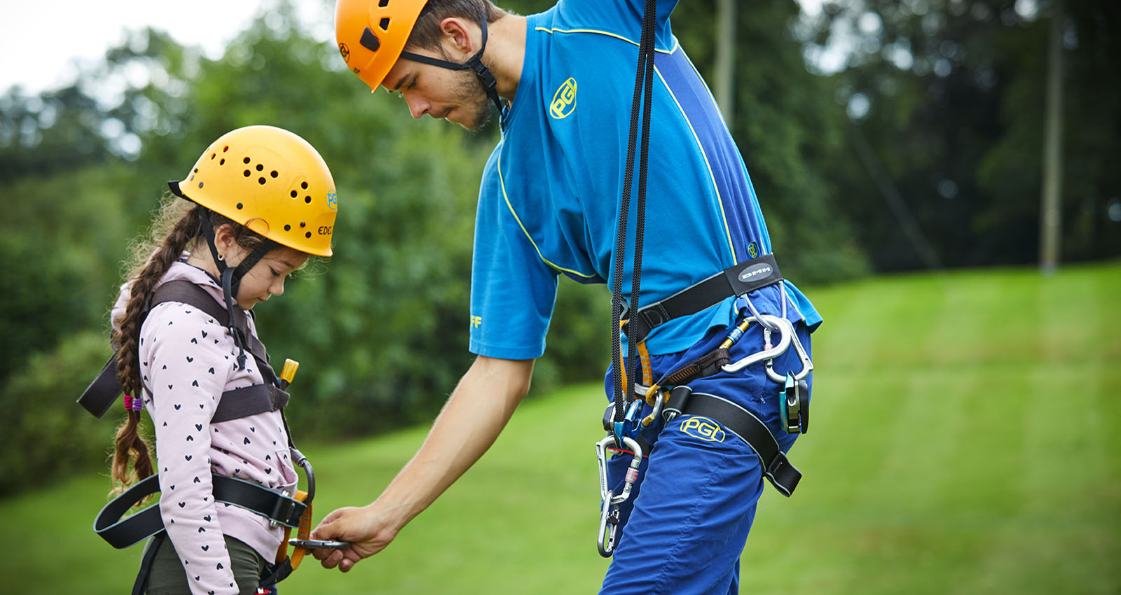 PGL Adventure Holidays - Multi Activity Holidays across the UK and France - 4 night Multi Activity mini breaks - Tuesday-Saturday