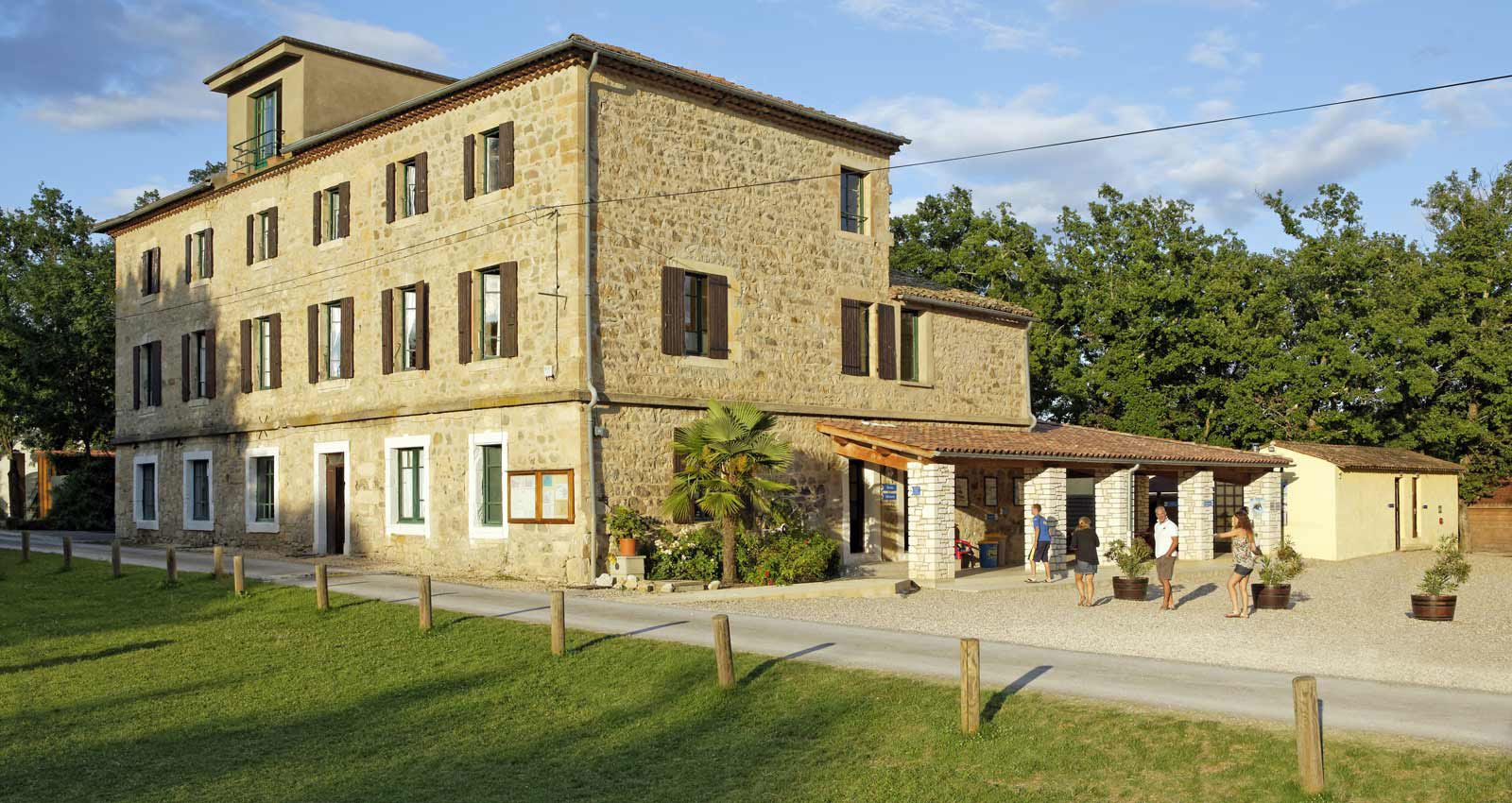 Family Activity Adventure Holidays In France At Pgl