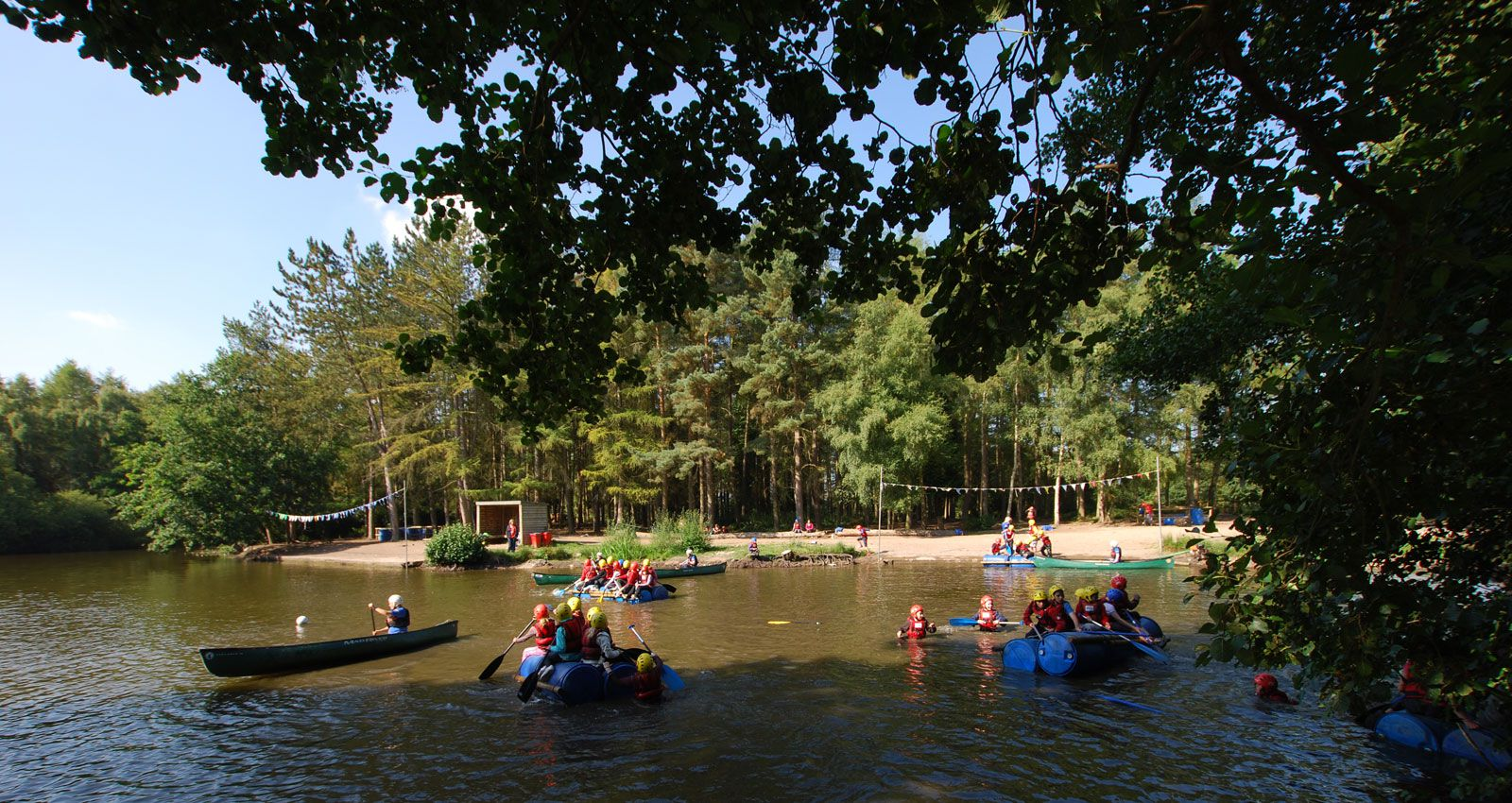 PGL Adventure Holidays - Specialist Holidays and Summer Camps for 7-17 year olds - PGL Centres and Accommodation