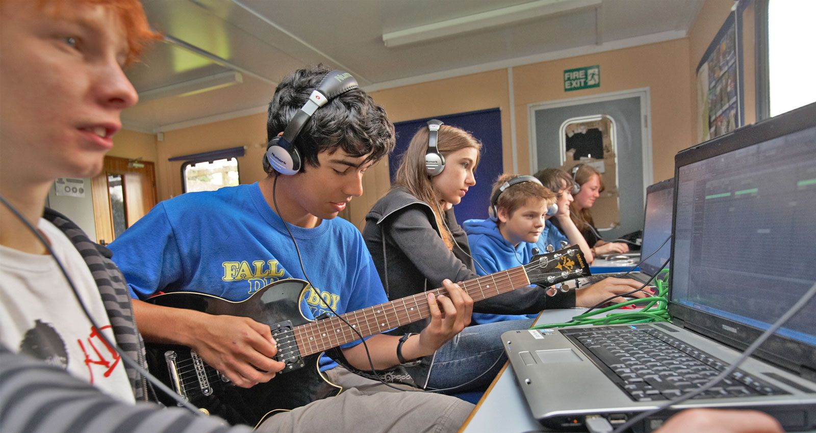 PGL Adventure Holidays - Specialist Holidays for 7-17 year olds across the UK and France - Creative Kids - Music Studio