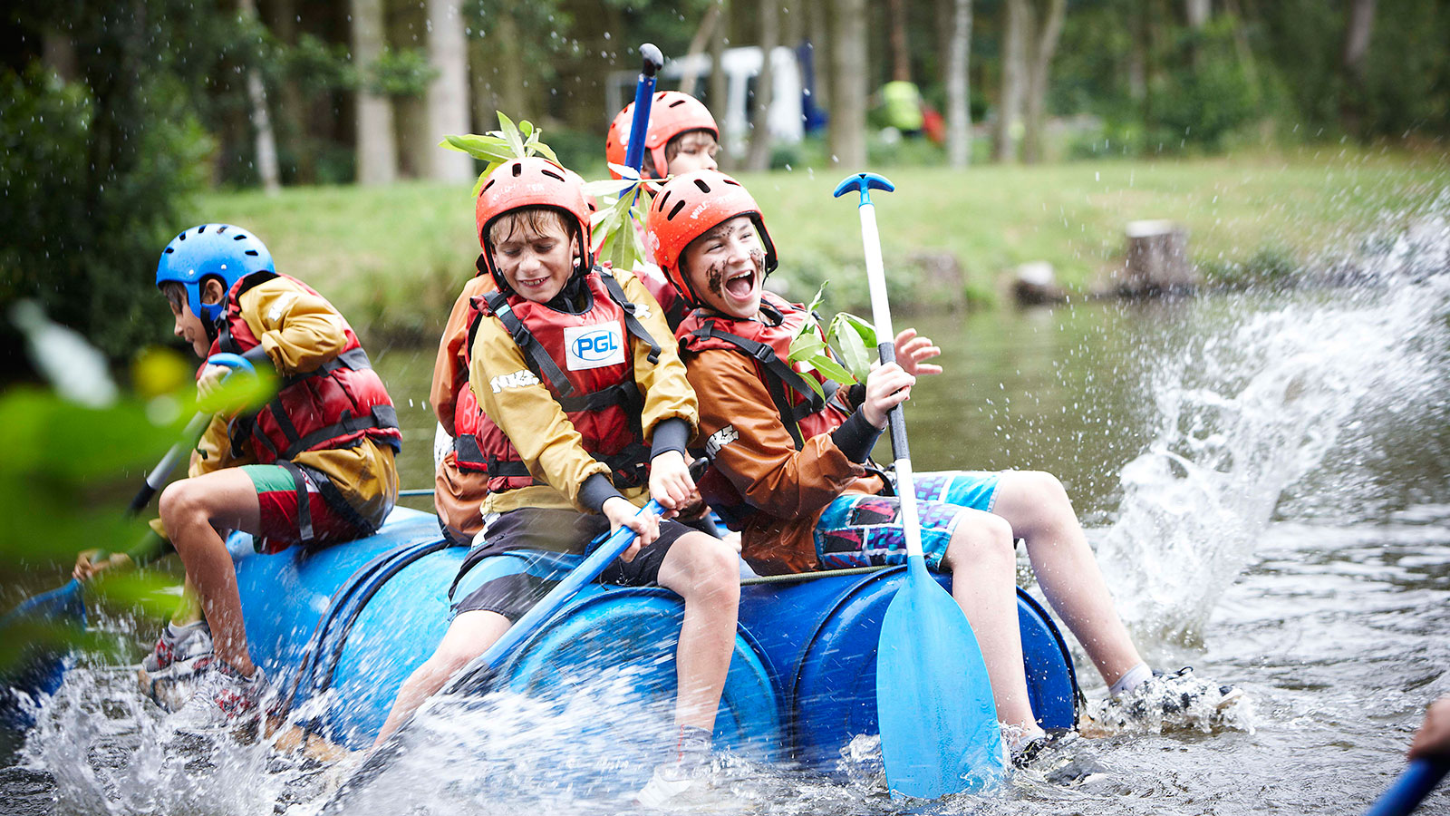 activity camps for cubs scouts