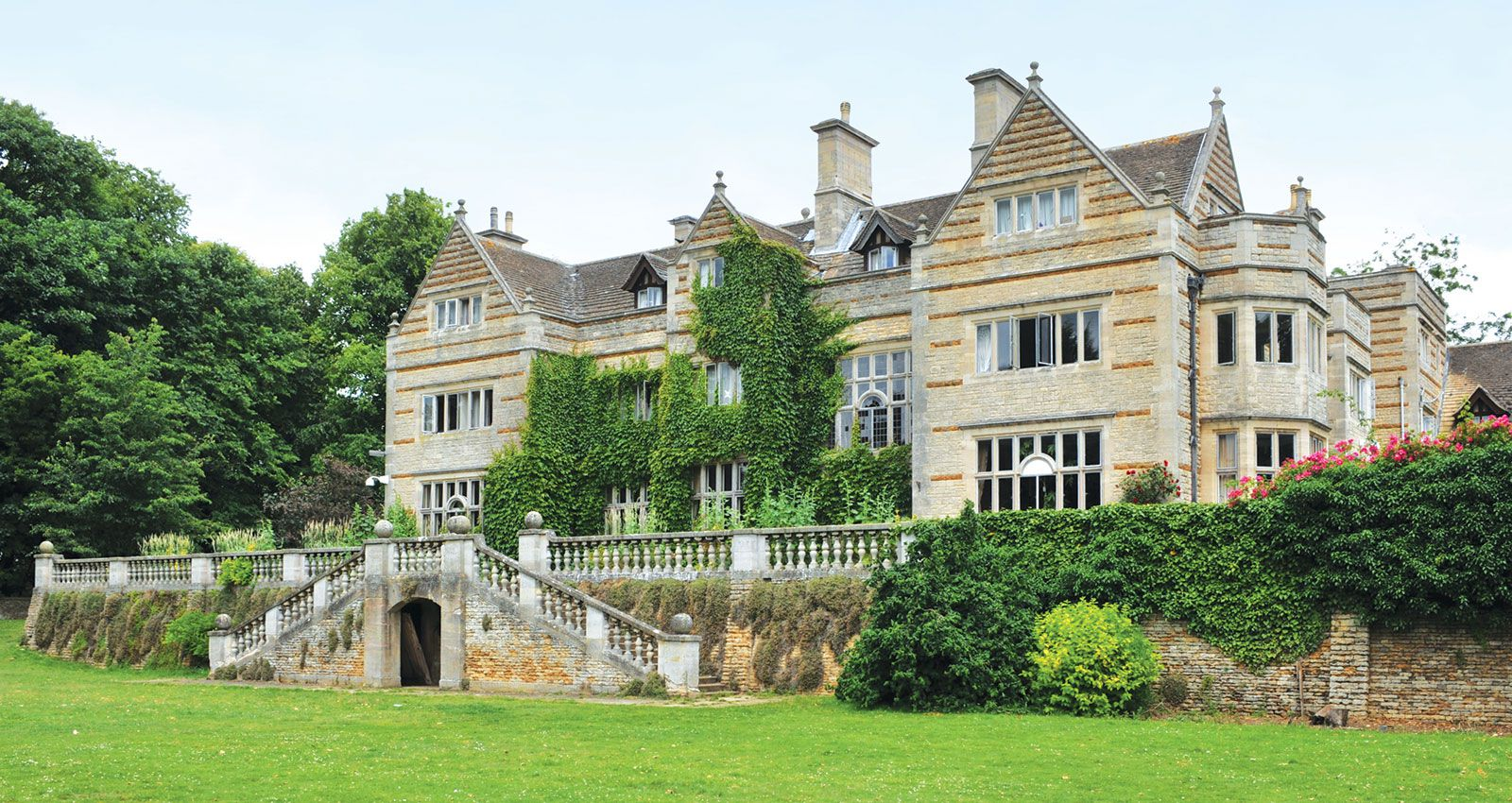 Caythorpe Court