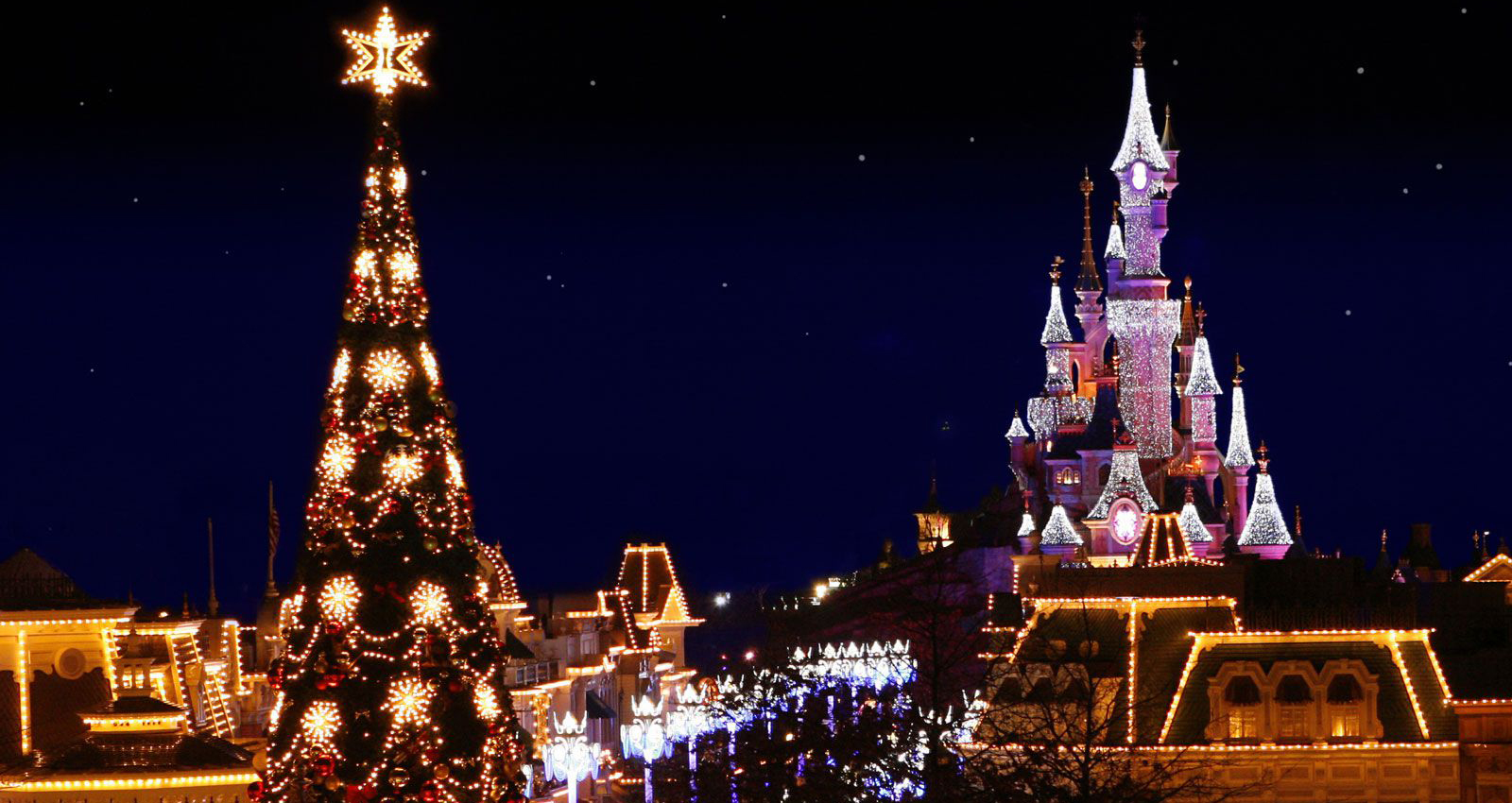 Paris Christmas Market School Trip: Christmas visit to Disneyland Paris