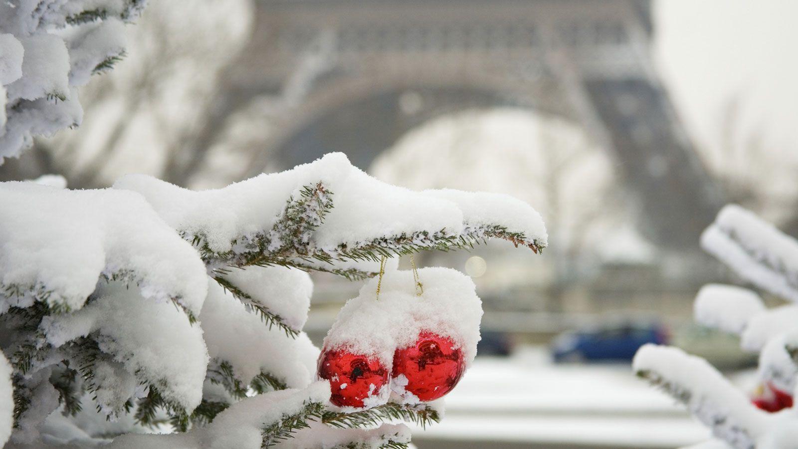 Paris Christmas Markets for Secondary Schools
