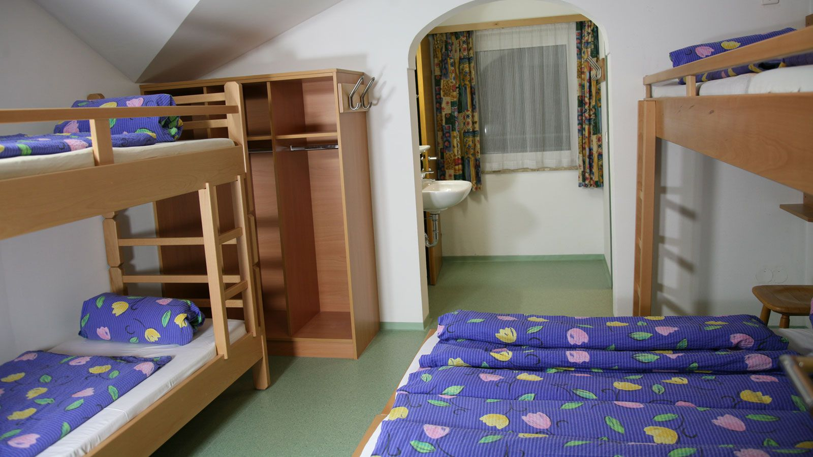 Jugendhotel Wiederkehr School Ski Trip Accommodation