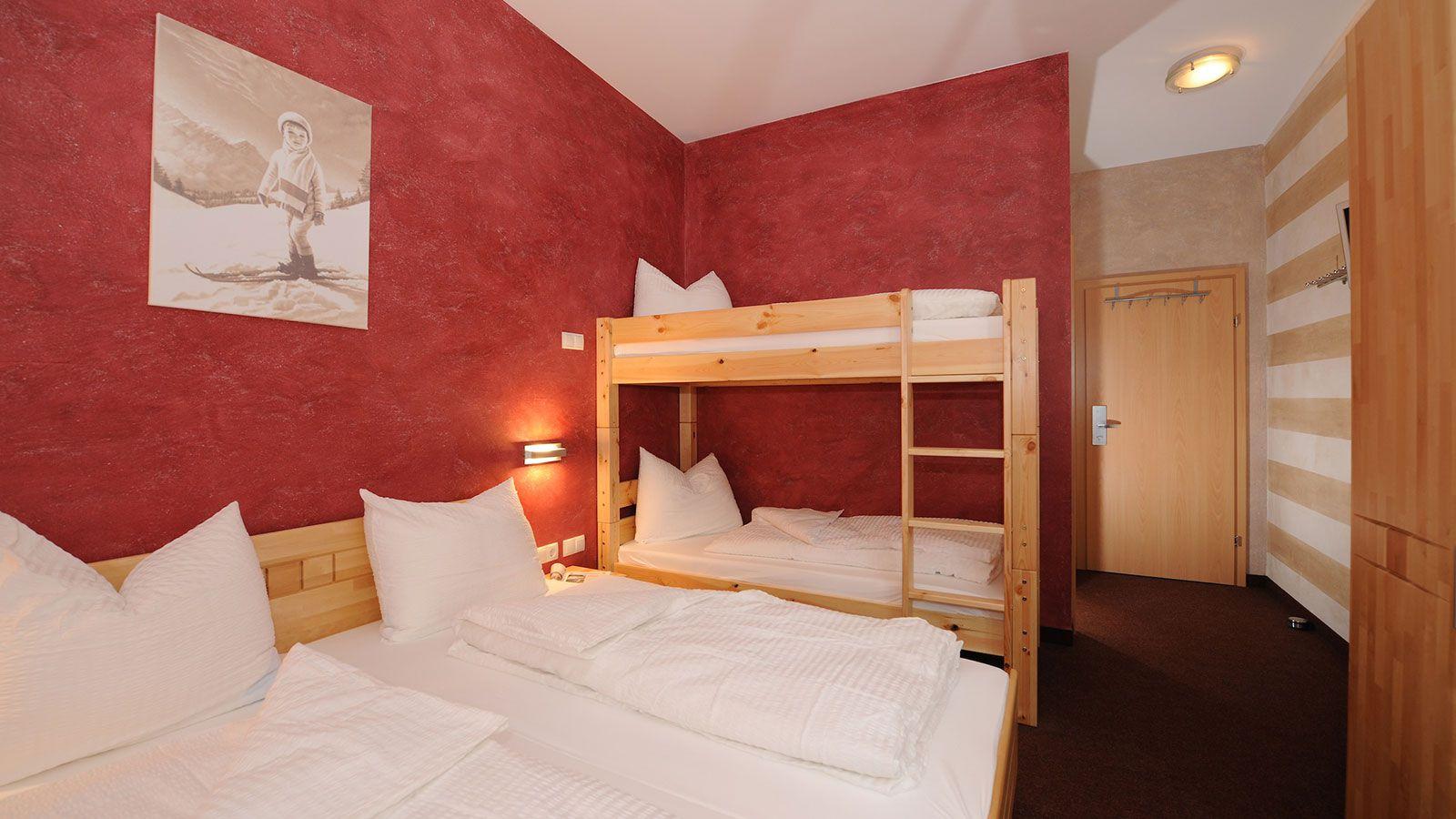 Hotel Wolkensteinblick School Ski Trip Accommodation : SS G Ski Austria Hotel Wildkogel Hotel Wolkensteinblick Bedroom from www.pgl.co.uk size 1600 x 900 jpeg 163kB