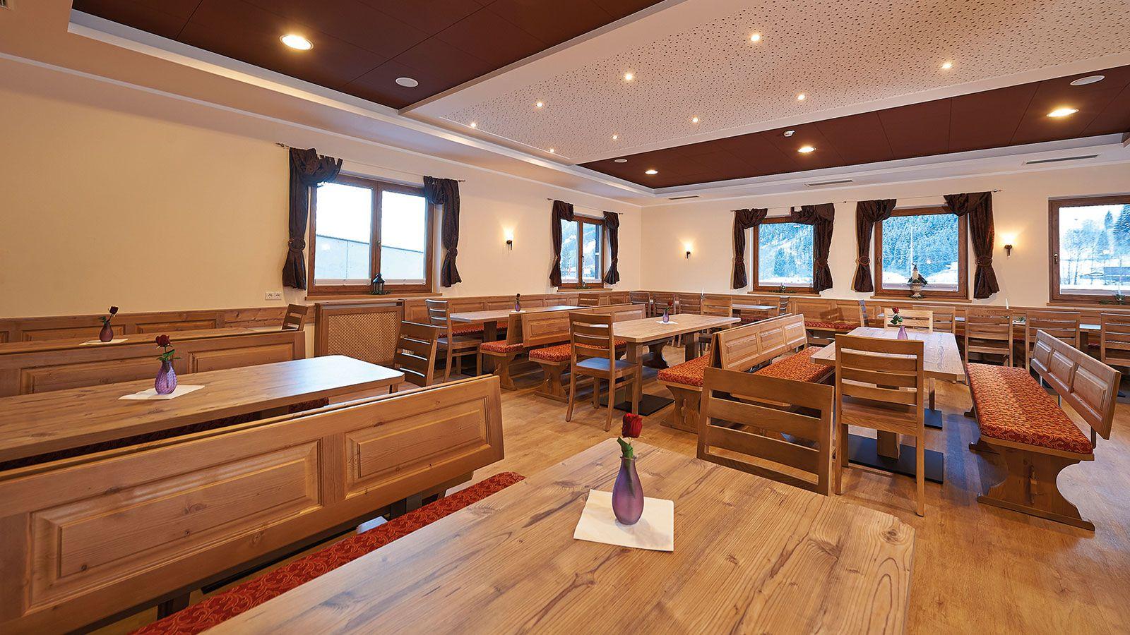 Hotel Der Wolkensteinb 228 R School Ski Trip Accommodation