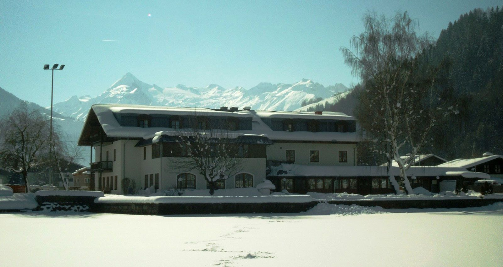 Junges hotel zell am see school ski trip accommodation for Designhotel zell am see